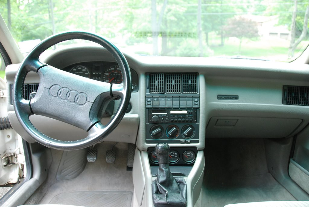 Photos of Eric's cool new Audi, October 2009
